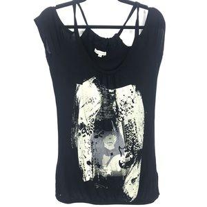 🖤3/$30 warehouse one tee shirt small
